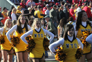 College Football Preview:  Wyoming at Air Force