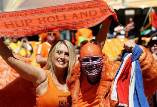 World Cup Betting:  Netherlands vs. Chile