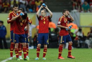 World Cup Soccer Betting:  Spain vs. Netherlands