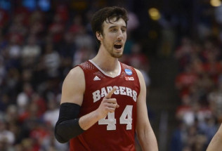 College Basketball Betting: Iowa at Wisconsin