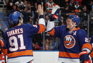 NHL Hockey Betting:  Detroit Red Wings at New York Islanders&h=39&w=65&zc=1