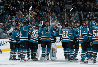 NHL Hockey Betting:  Minnesota Wild at San Jose Sharks&h=39&w=65&zc=1