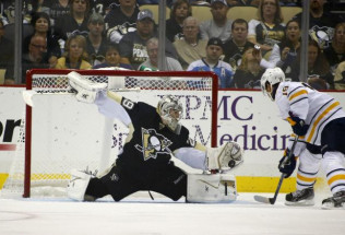 NHL Hockey Betting:  Pittsburgh Penguins at Carolina Hurricanes&h=215&w=316&zc=1
