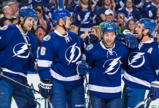 NHL Hockey Betting:  New York Islanders at Tampa Bay Lightning&h=39&w=65&zc=1