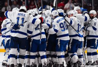 NHL Hockey Betting:  Tampa Bay Lightning at New York Islanders&h=39&w=65&zc=1