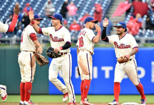 MLB Baseball Betting:  Philadelphia Phillies at Los Angeles Dodgers