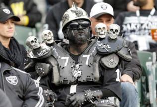 NFL Football Betting:  Atlanta Falcons at Oakland Raiders
