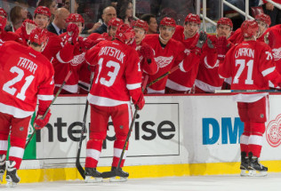 NHL Hockey Betting:  Detroit Red Wings at Carolina Hurricanes