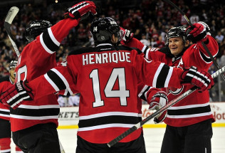 NHL Hockey Betting:  Toronto Maple Leafs at New Jersey Devils