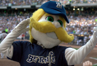 National League Baseball Preview:  Chicago Cubs at Milwaukee Brewers