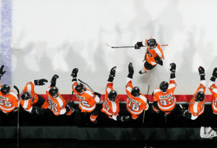 NHL Hockey Betting:  Ottawa Senators at Philadelphia Flyers