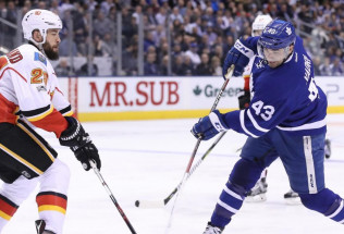 NHL Hockey Betting:  Toronto Maple Leafs at Detroit Red Wings&h=39&w=65&zc=1